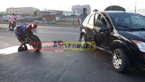 Flagrante de acidente moto x carro